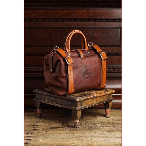 Roamographer_Camera_Bag_in_Brown_small_schraeg_a.png