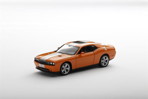 Welly_Dodge_Challenger_SRT_orange_124_3.jpg