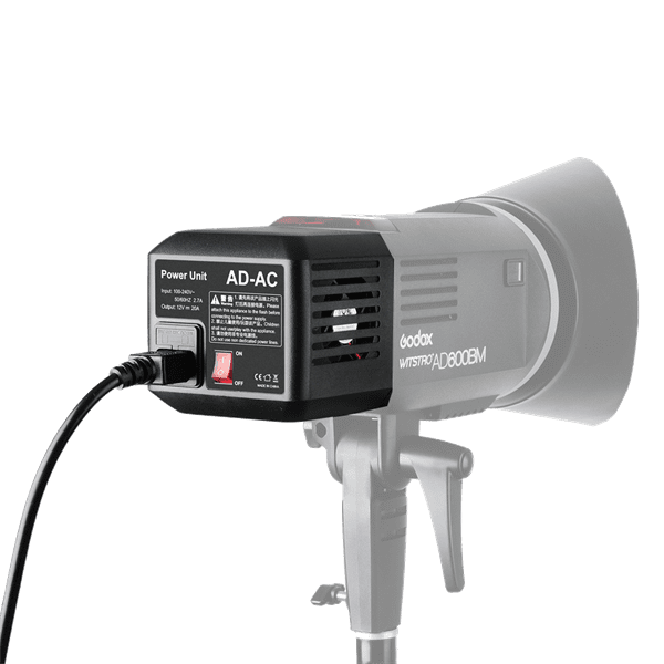 Godox_AD_DC_Adapter_AD_600_an_Blitz.png