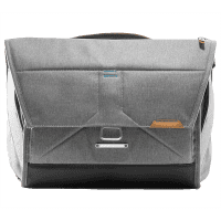 Peak_Design_Messenger_Bag_ash_hellgrau_BS_15_AS_2_a.png