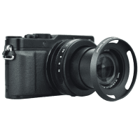 Lens_Hood_for_Panasonic_LUMIX_DMC_LX100_and_LEICA_D_LUX_Muster_auf_Kamera_a.png
