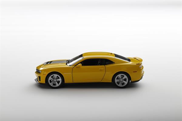 Welly_Chevrolaet_Camaro_ZL1_gelb_124_2.jpg